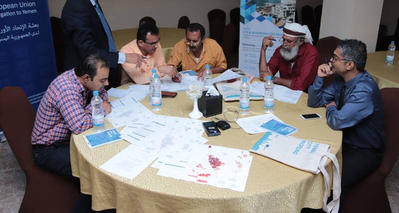 A group discussions during the Urban Profiling and Recovery Planning Workshop on Al Hawtah Yemen