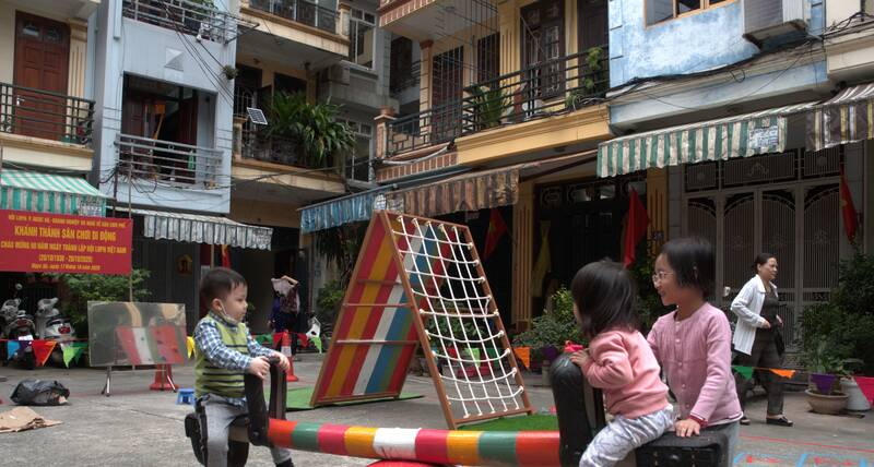 Mobile playground © Healthbridge vietnam